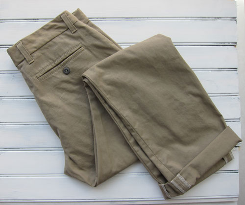 Folded mens chinos