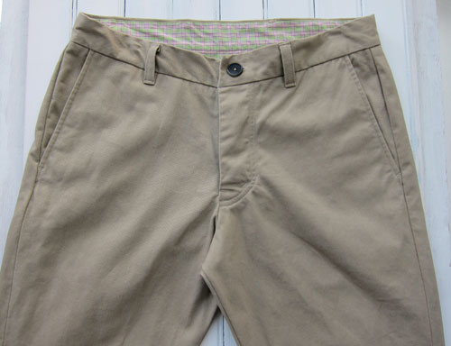 Chino pants front