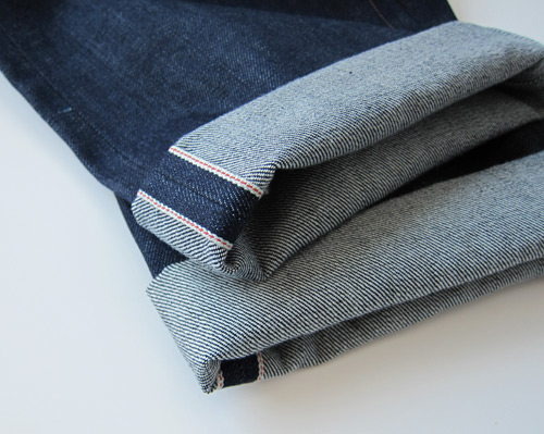 selvedge denim cuff roll