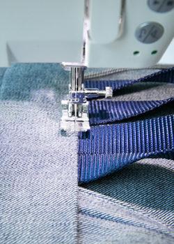 piece G edge-stitch