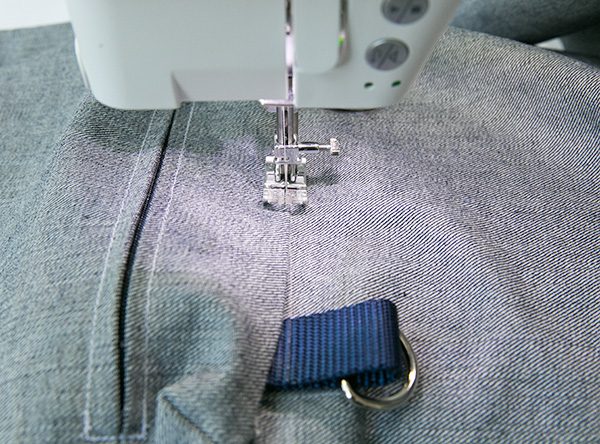 zipper pocket attachment