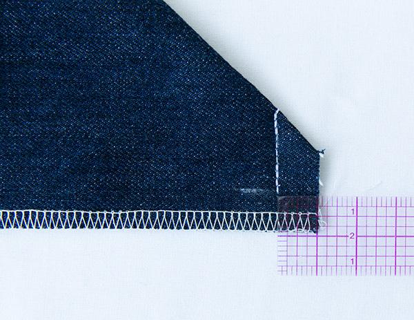 zip pocket corner