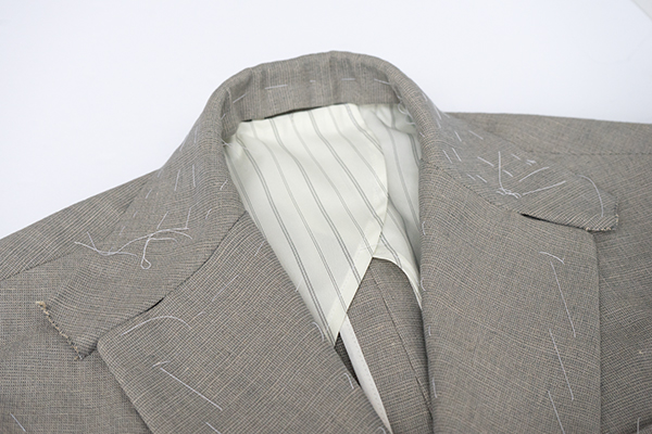 jacket collar construction